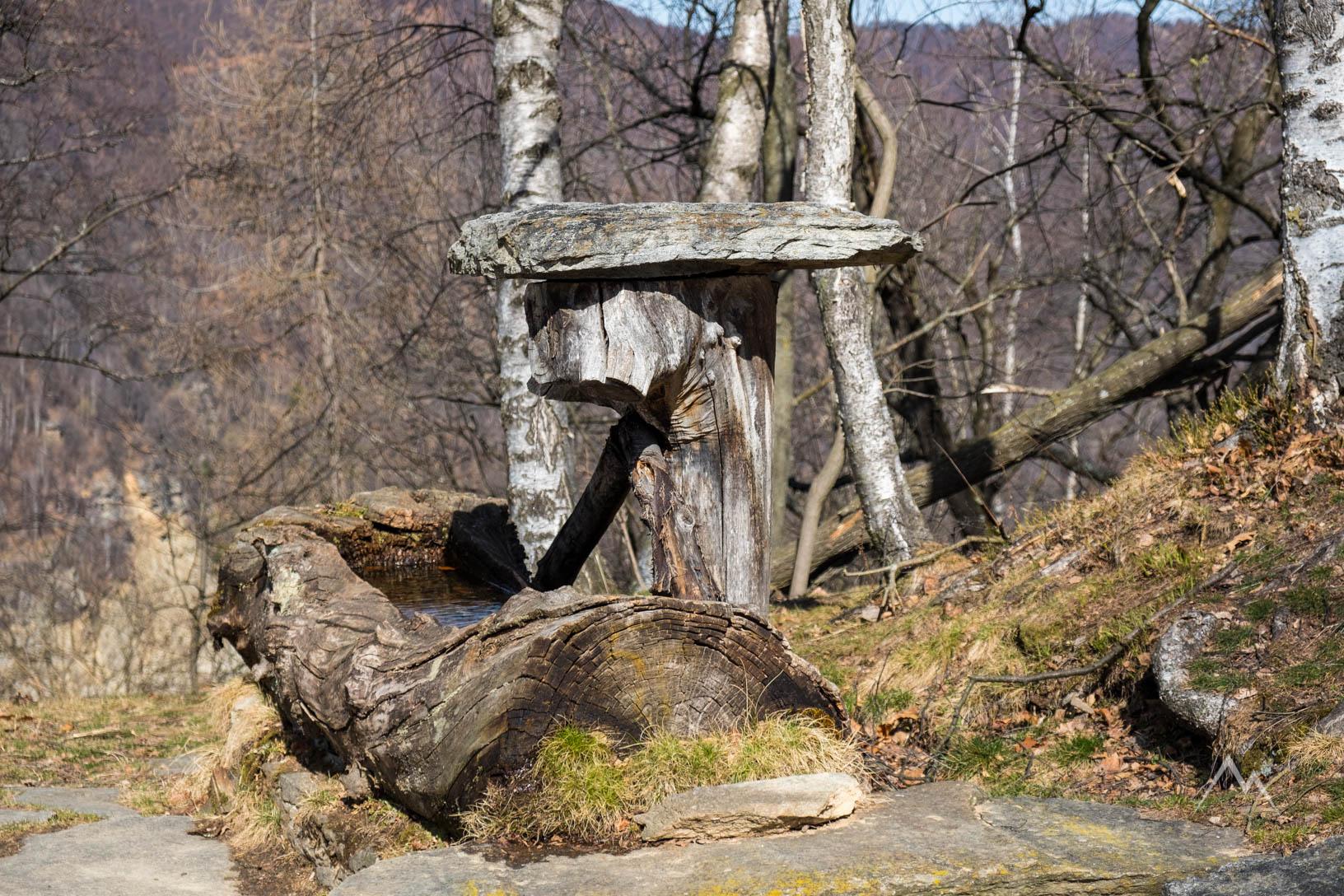Fontana al colle San Bernardo delle Sottole